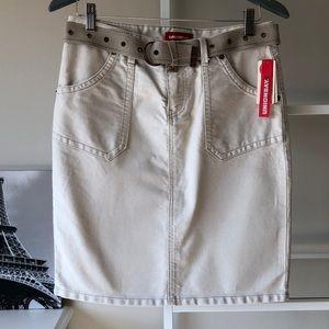 Union Bay Hip Hugger Skirt with Belt